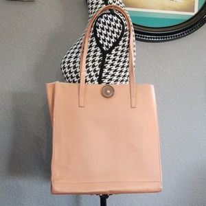 Handbags - Cute Faux Leather Tote